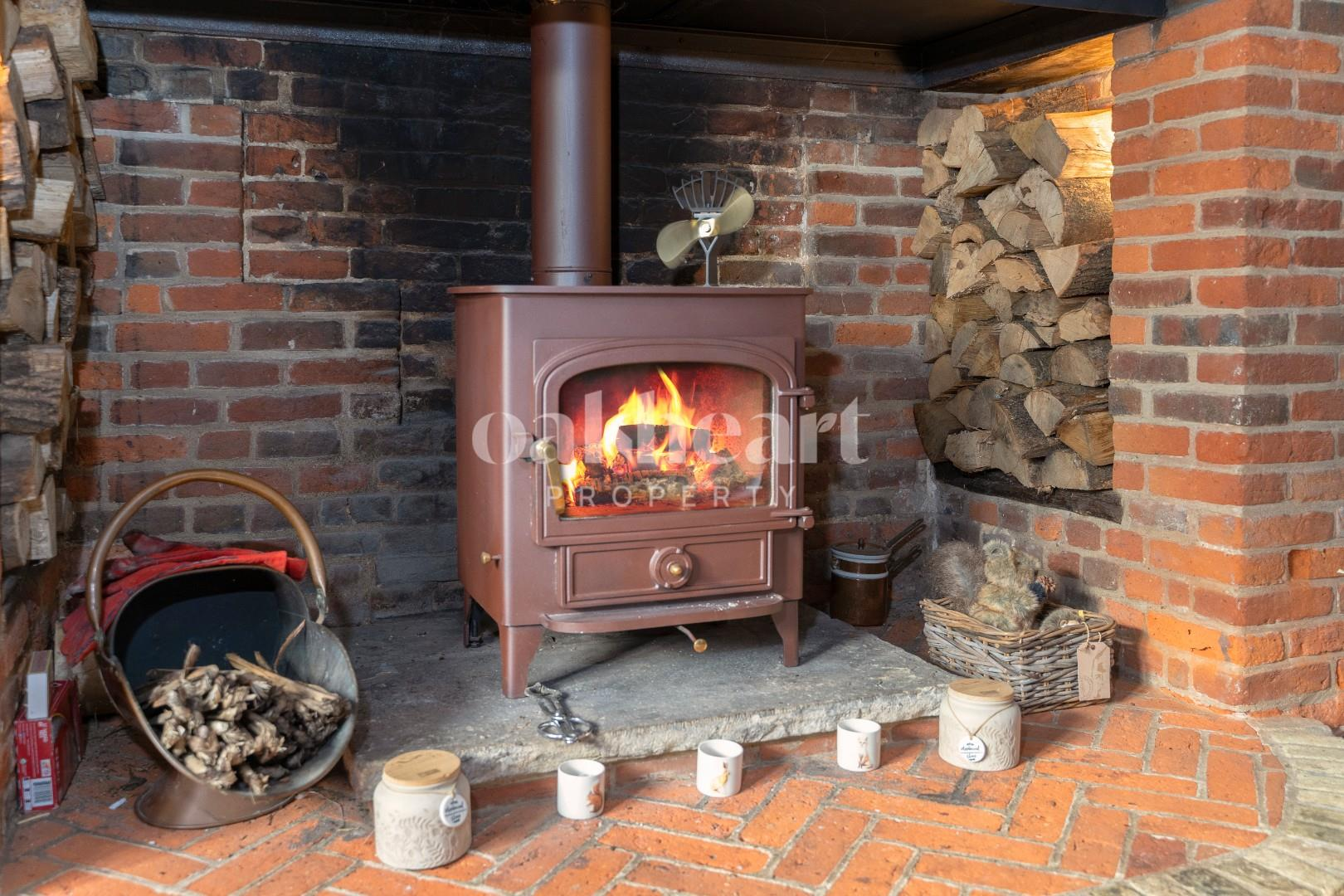 3. Fireplace.jpg